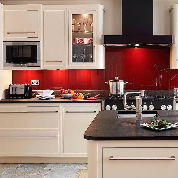 Gekleurde keuken spatwand helder glas