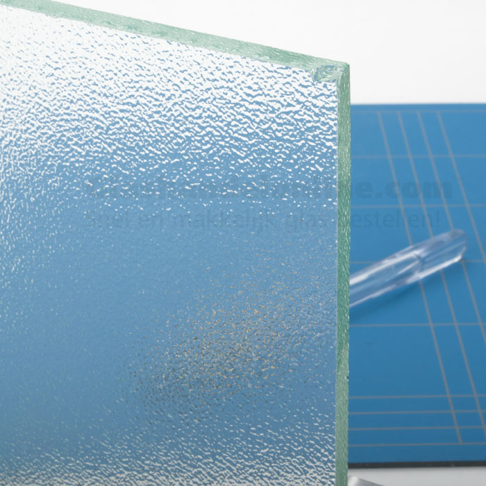 Stompe glazen deur van crepi glas